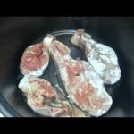 Как вкусно приготовить рыбу в мультиварке. Рыба кижуч с ананасами